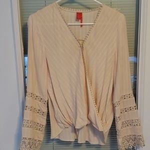 NWT BELL SLEEVES CHELSES % VIOLET